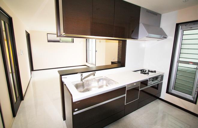 機能とデザインを追求したキッチン