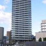 超高層免震タワー