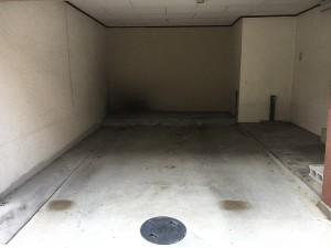 高柳5丁目17-19車庫